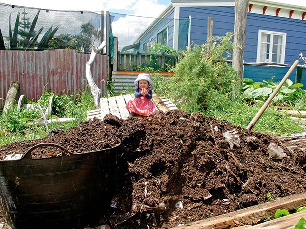 permaculture-compost